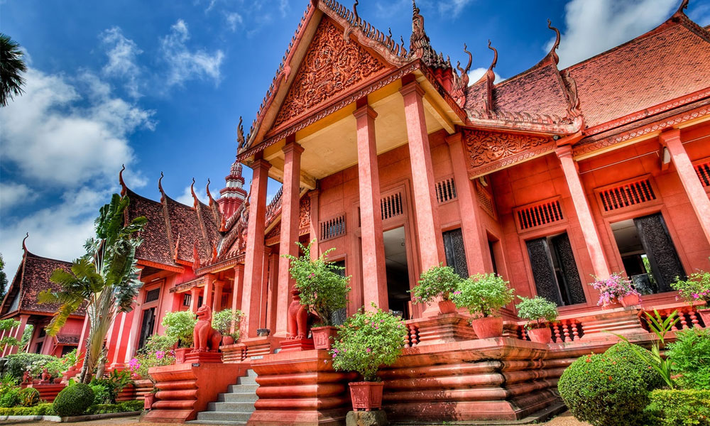 why you must go Cambodia in 2018